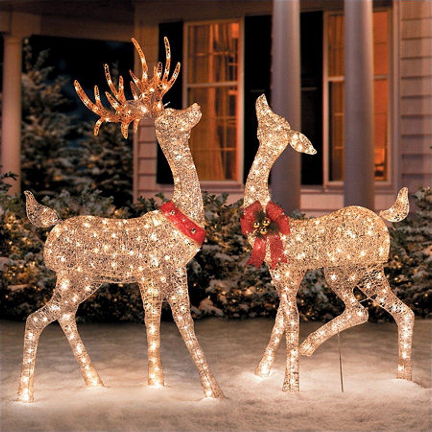 52 Amazing Diy Outdoor Christmas Decorations Christmas Reindeer Decorations Christmas Deer Decorations Outdoor Christmas