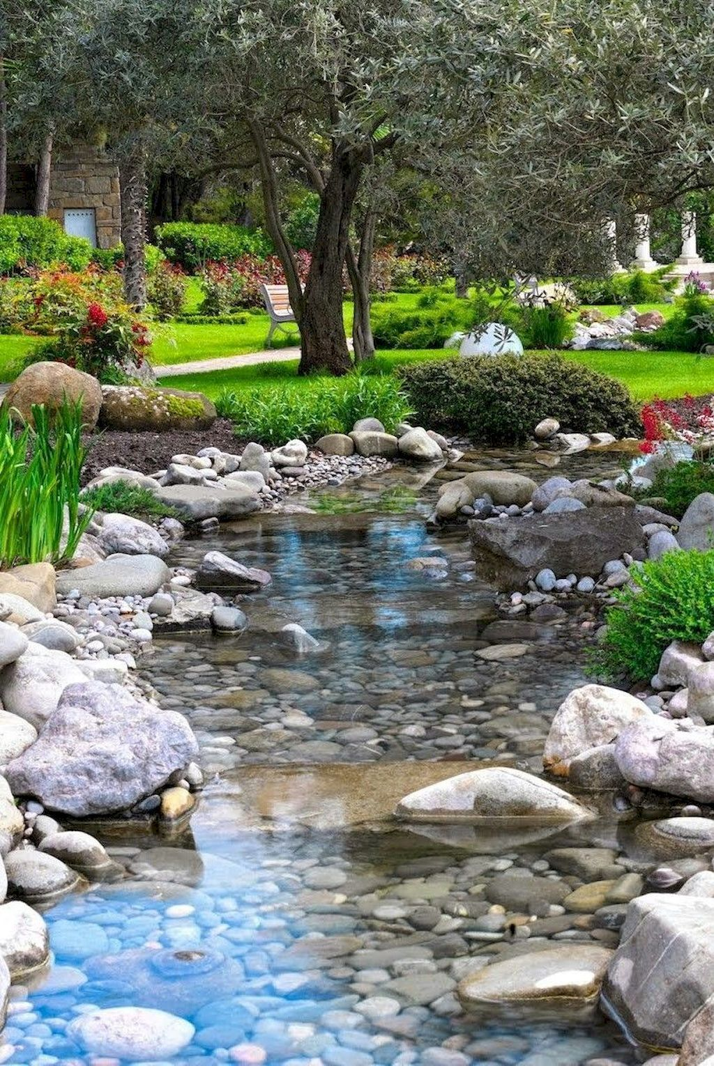 01 Beautiful Backyard Ponds and Water Garden Landscaping Ideas #beautifulbackyards