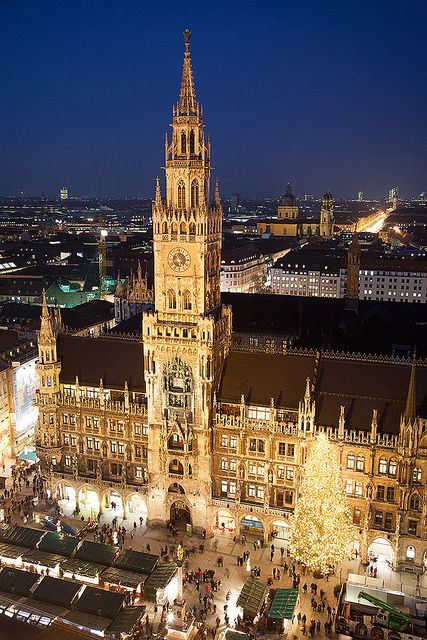 Munchen Im Advent Germany Places To Travel Beautiful Places