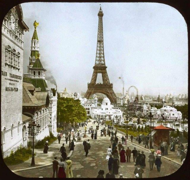 Vue sur la tour eiffel à lexposition universelle de 1900