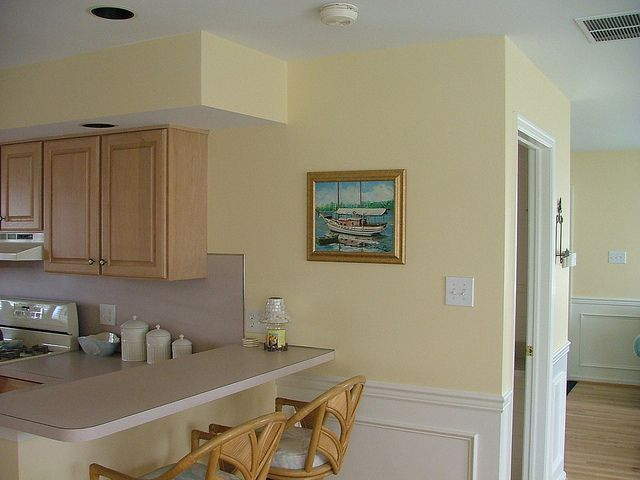 Lemon Chiffon Kitchen Paint