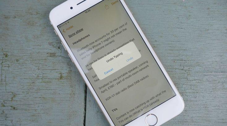 How to take a screenshot on iphone xr via iphone keyboard