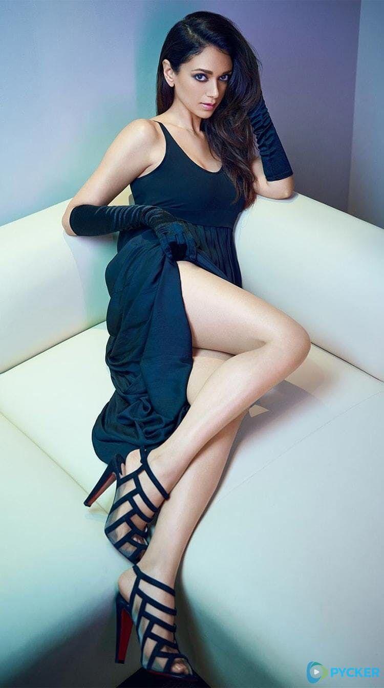 0488b9a2b5597  AditiRaoHydari flaunts her toned legs in a teal gown