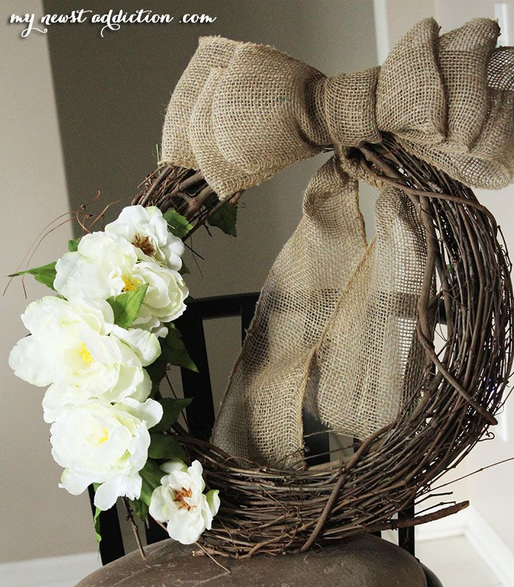 Love this bow (With images) Easy diy wreaths, Diy wreath
