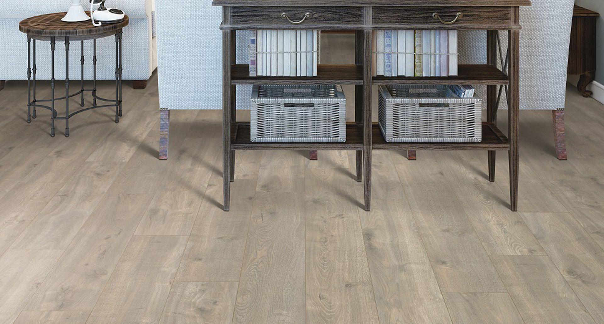 Urban Putty Oak Pergo Xp Laminate Flooring Pergo Flooring Beach House Flooring House Flooring Pergo Flooring