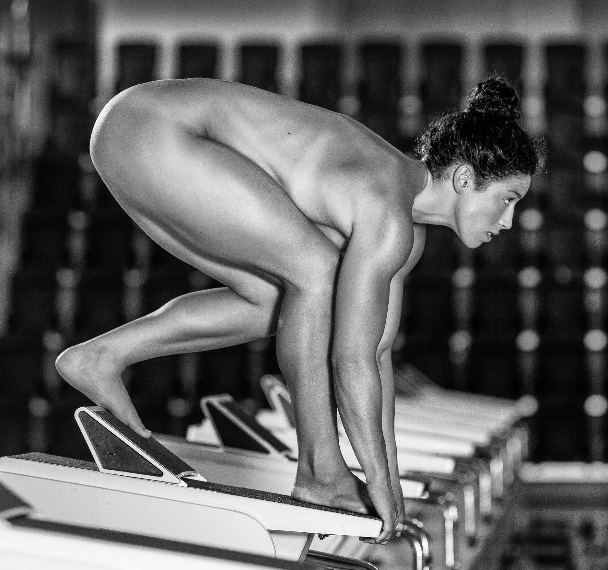 Athlete naked photo 3