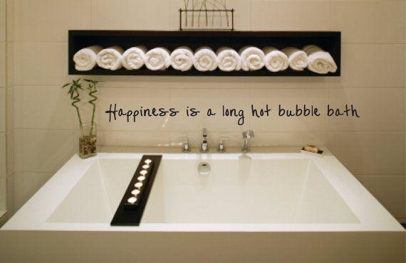 Inspiration Bad: Regal für Handtuchrollen; kleiner