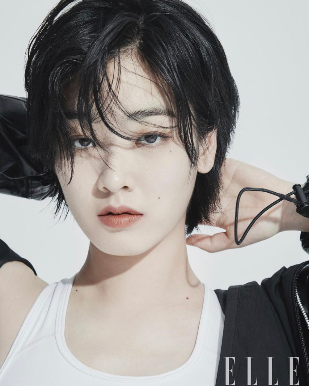 Joo Young Pics On Twitter In 2020 Shot Hair Styles Lee Joo Young Asian Short Hair