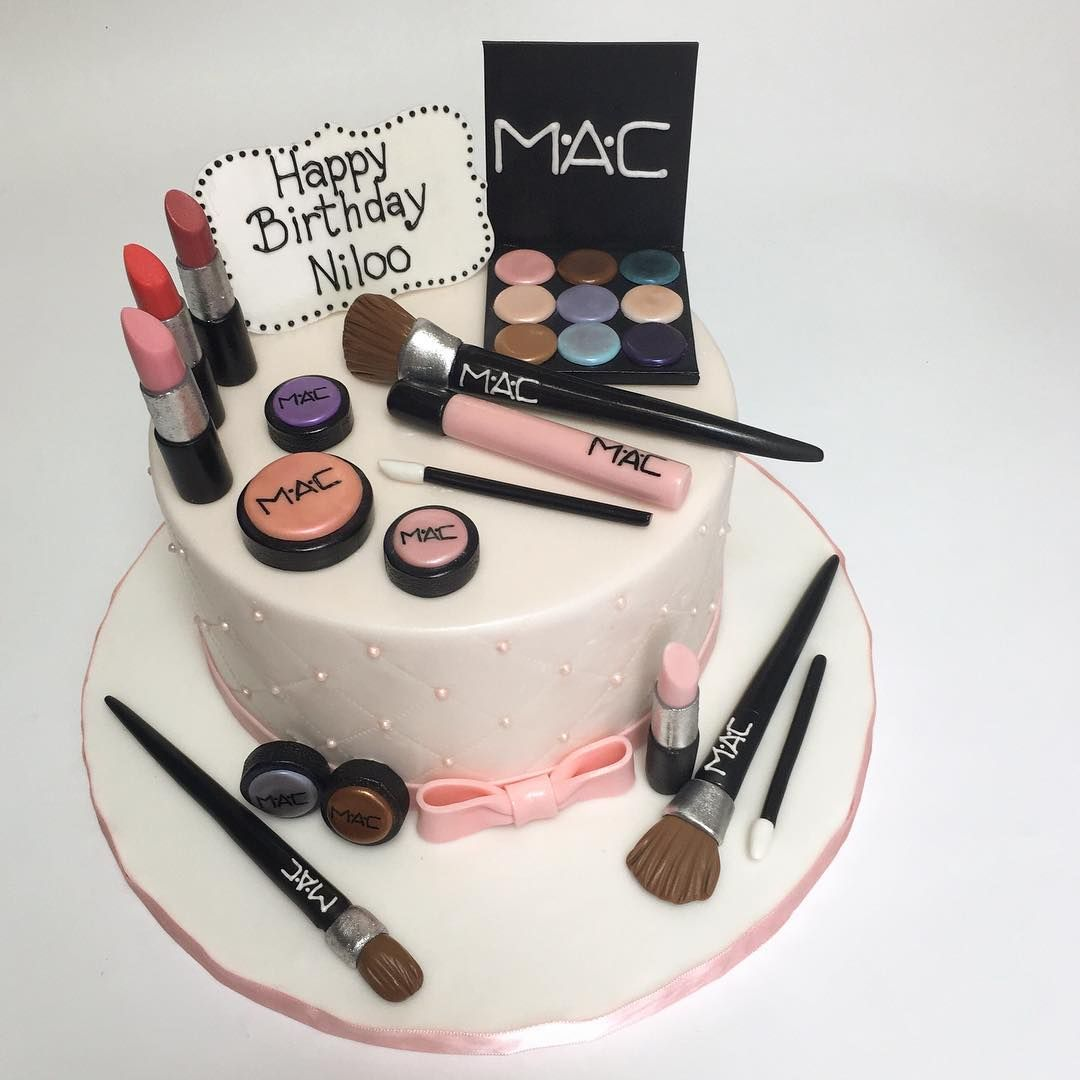 Have Your Mac Make Up And Eat It Too Deliciousarts Customcakes