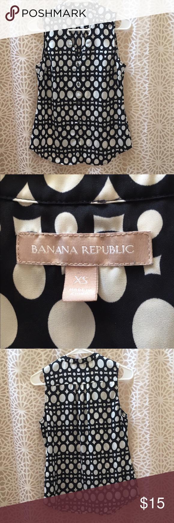 Beautiful Banana Republic top size XS Polka Dot banana republic top size XS, great condition Banana Republic Tops Blouses