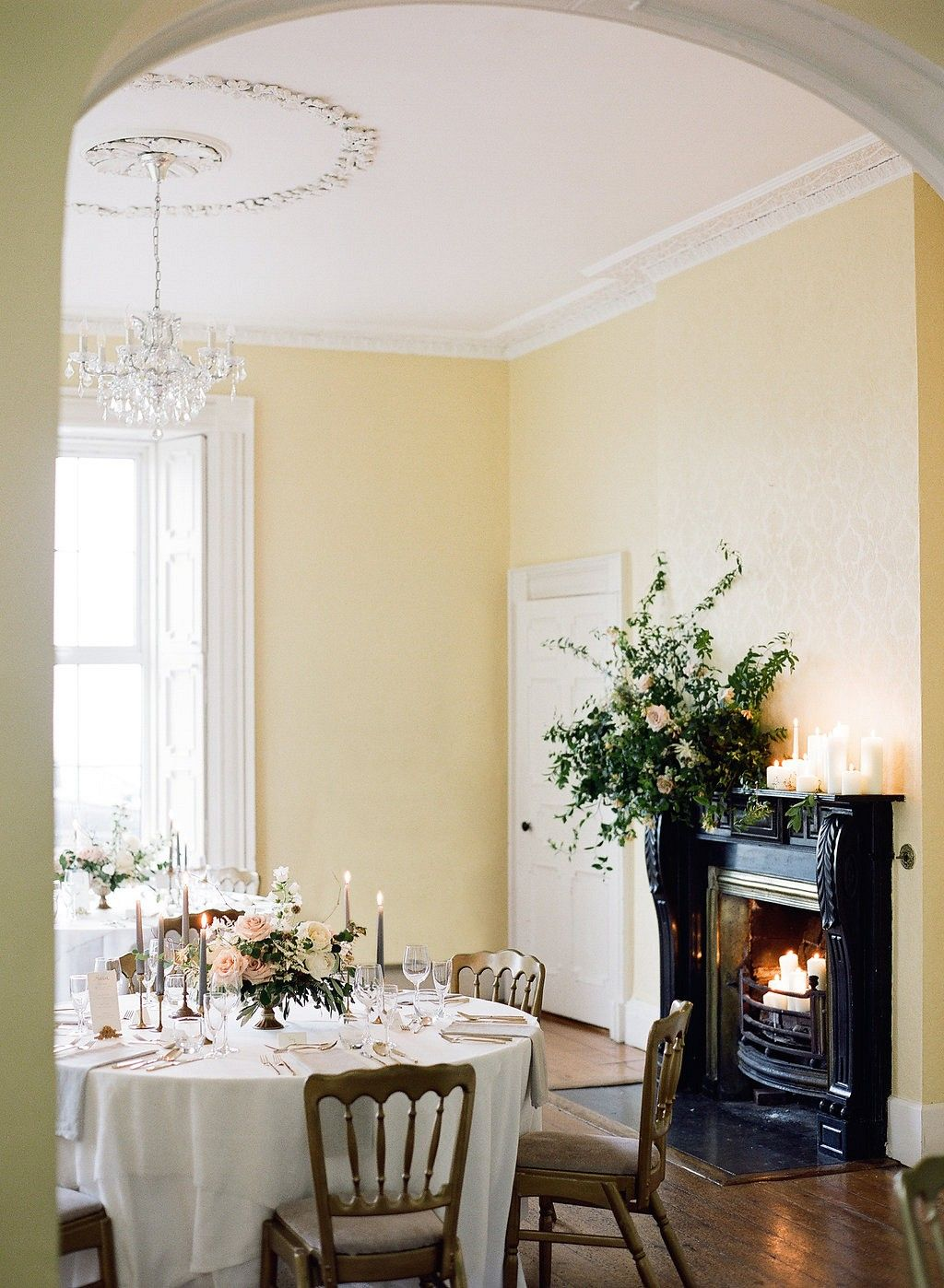 Sarah and Ansel\'s Intimate Ireland Wedding by Taylor and Porter ...