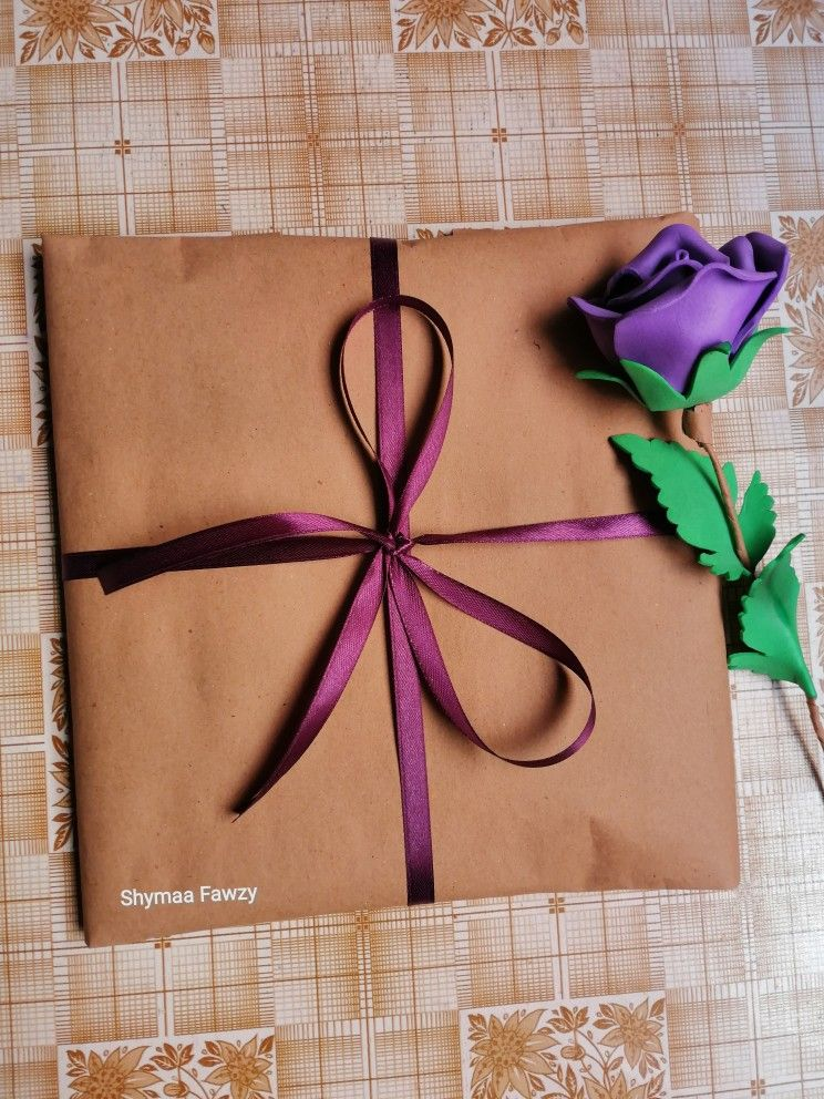 Gift Wrapping تغليف هدايا Gift Wrapping Gifts Wraps