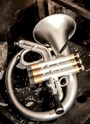 Ein einzigartiges, innovatives Design, softiger Klang, perfekte Intonation und Ansprache, höchste Handwerkskunst. Alle Informationen zum elephant Flügelhorn