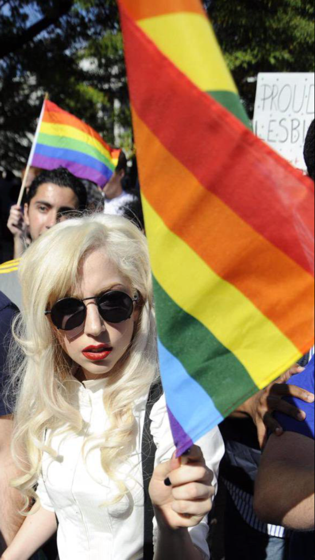 497425b8ea9 Love is love no matter the gender Lady Gaga