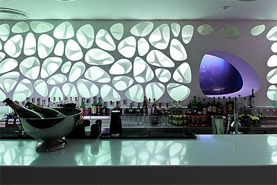 sea world inspired restaurant design in kiev. | bar counter