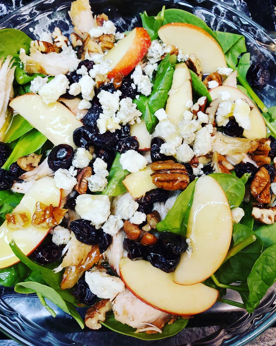 Yummy!! Are you a salad person?? When I go out, salads like this are my fave, so, this was dinner in my house to-night!! Spinach, chicken, cranberries, gorgonzola crumbles, apples, pecans, and a homemade vinaigrette! Dee-lish!  Baby Girl said,