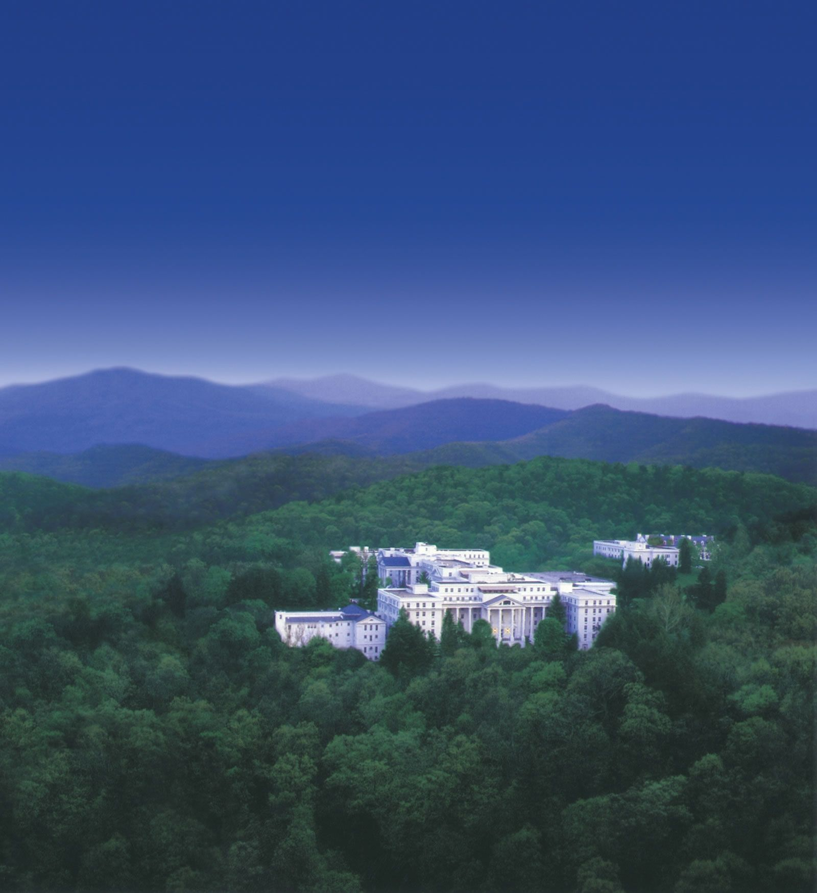 The Greenbrier 3 Golf Courses Spa Deals In West Virginia Greenbrier Resort West Virginia Greenbrier