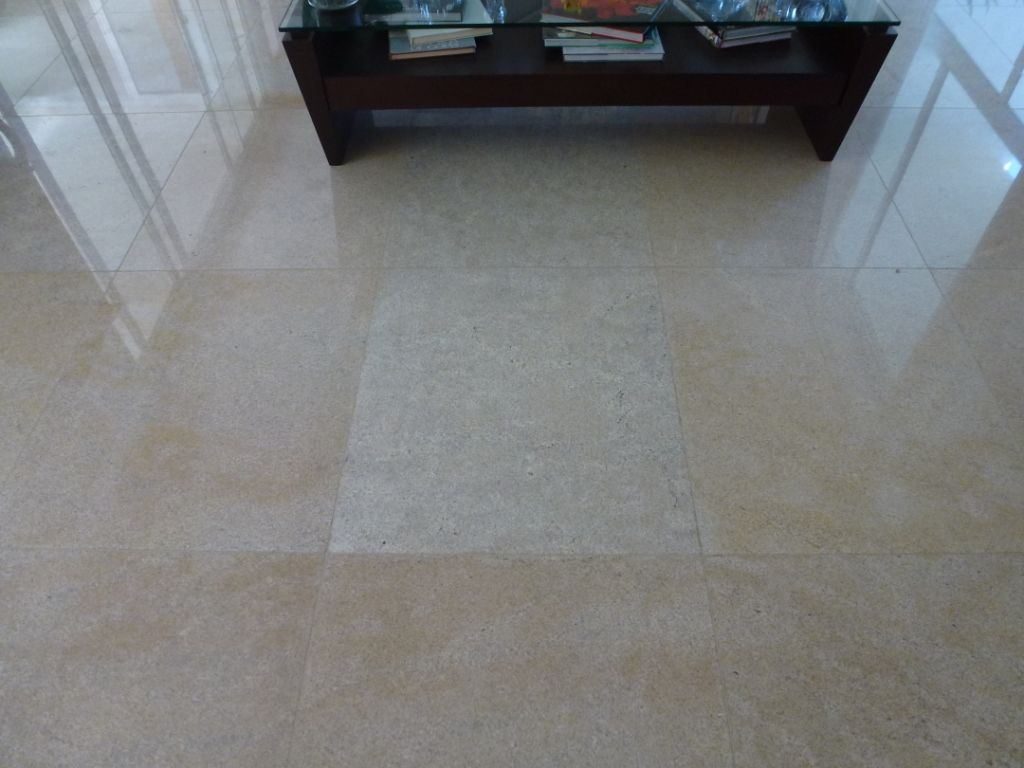 Piso granito branco itaunas por muralha marmoraria for Modelos de pisos de granito