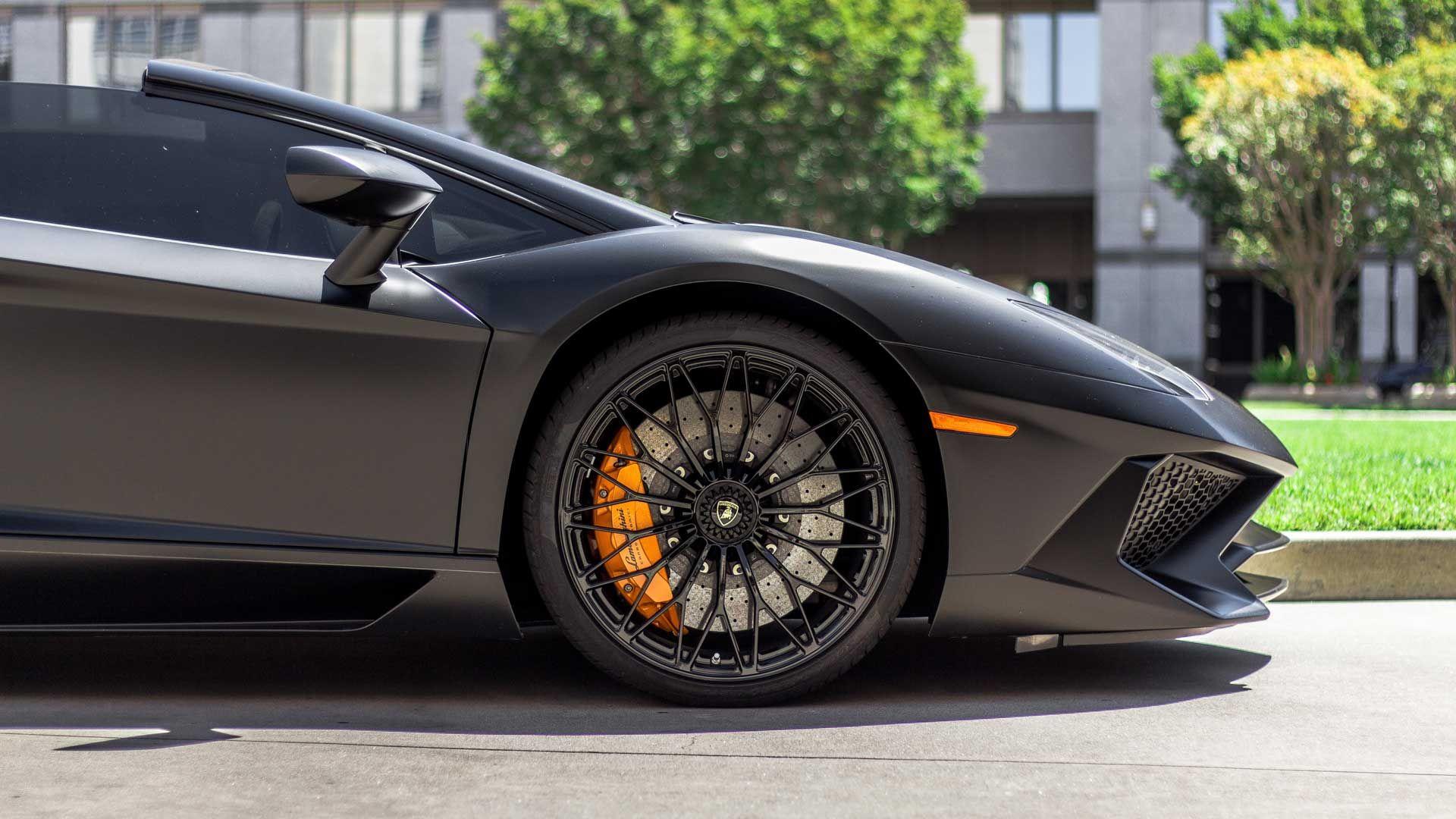 How Dealership Financing Is Better Than Bank Financing Sports Car Car Lamborghini Aventador