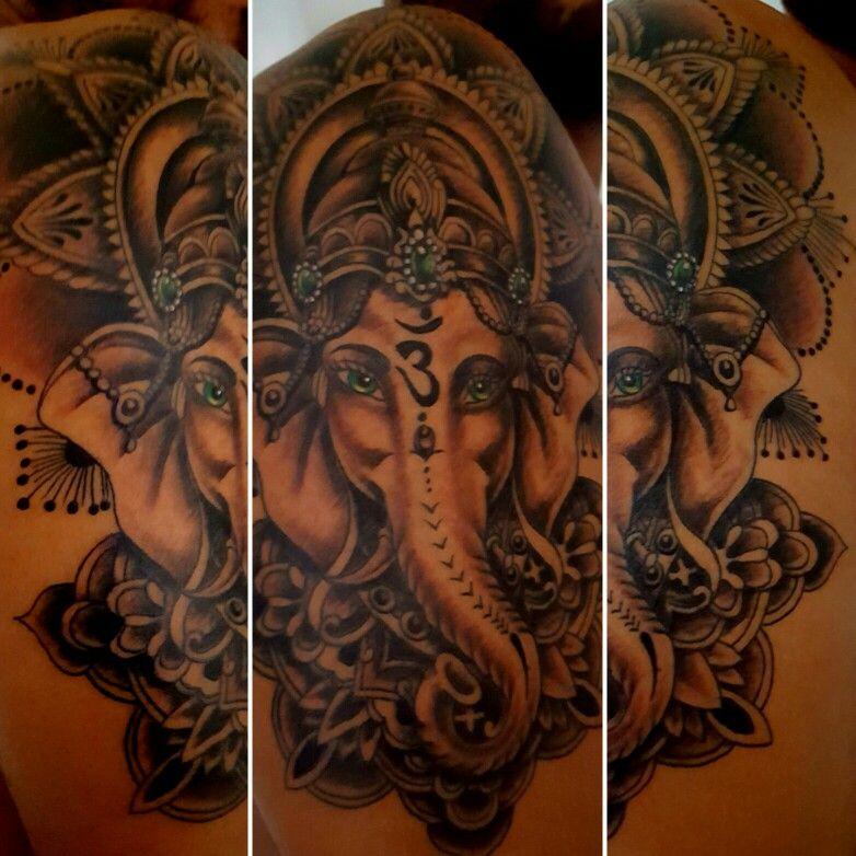 Minha primeira tatuagem, inspirada em: http://pin.it/Xbv2_Zi com pequenas alterações!!!