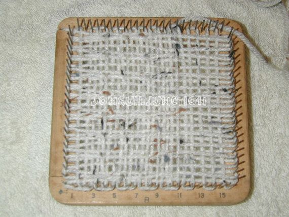 Cartercraft Loomette, vintage loom, small loom, weaving loom, handheld loom
