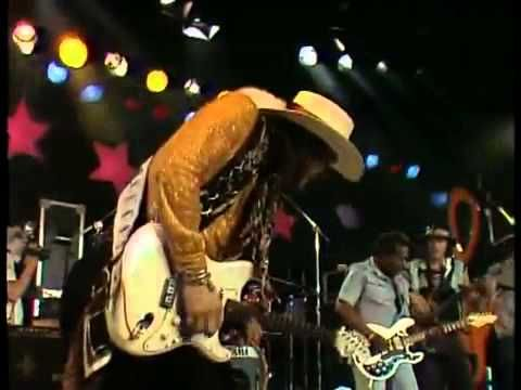 stevie ray vaughan live at montreux uncut version. Black Bedroom Furniture Sets. Home Design Ideas