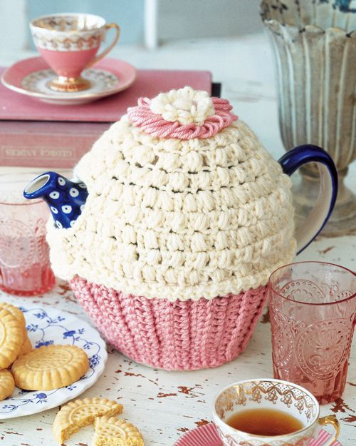 Cupcake tea cosy ? puff stitches | Crochet | Pinterest | Teteras ...