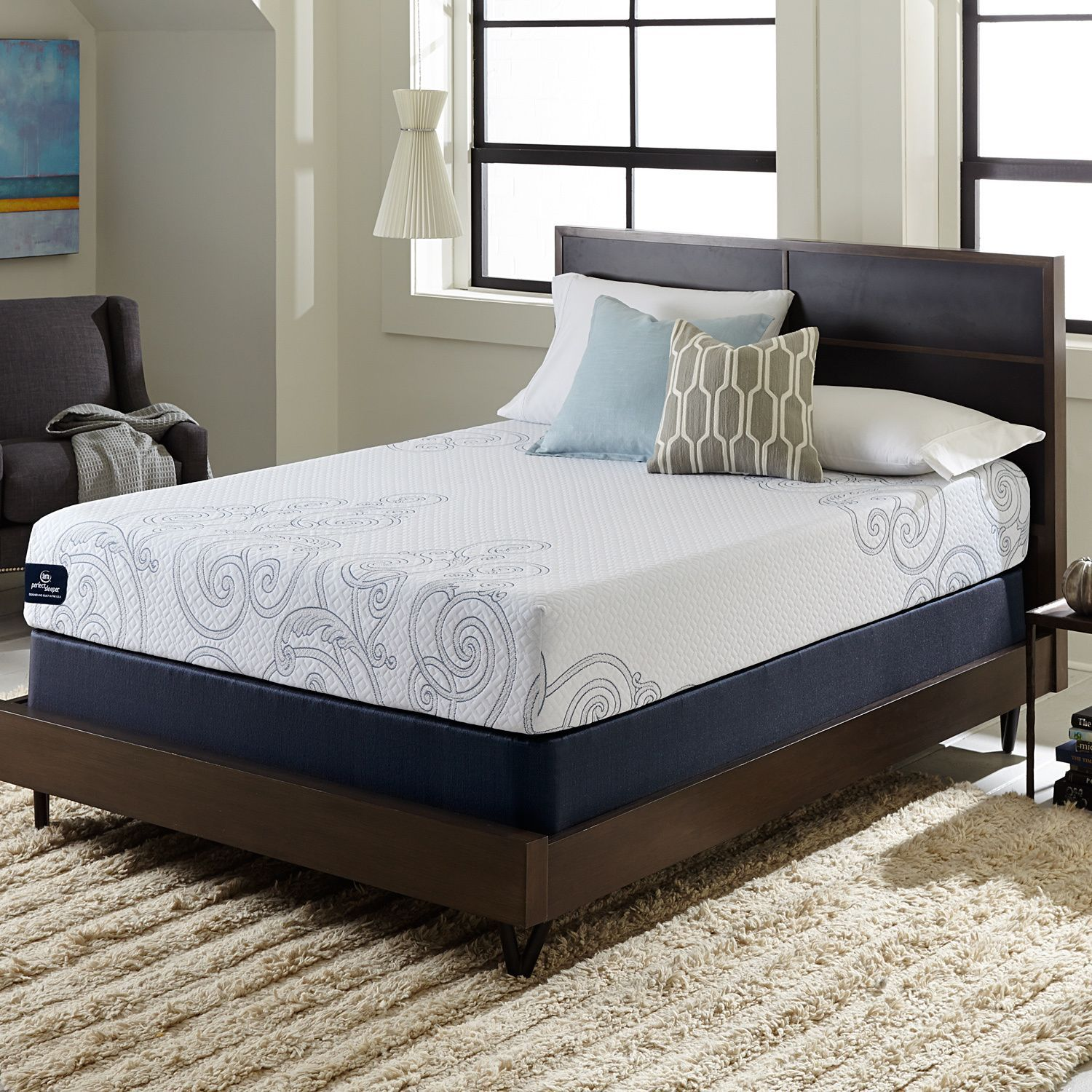 Serta Perfect Sleeper Isolation 10-inch Queen-size Gel Memory Foam Mattress  Set (
