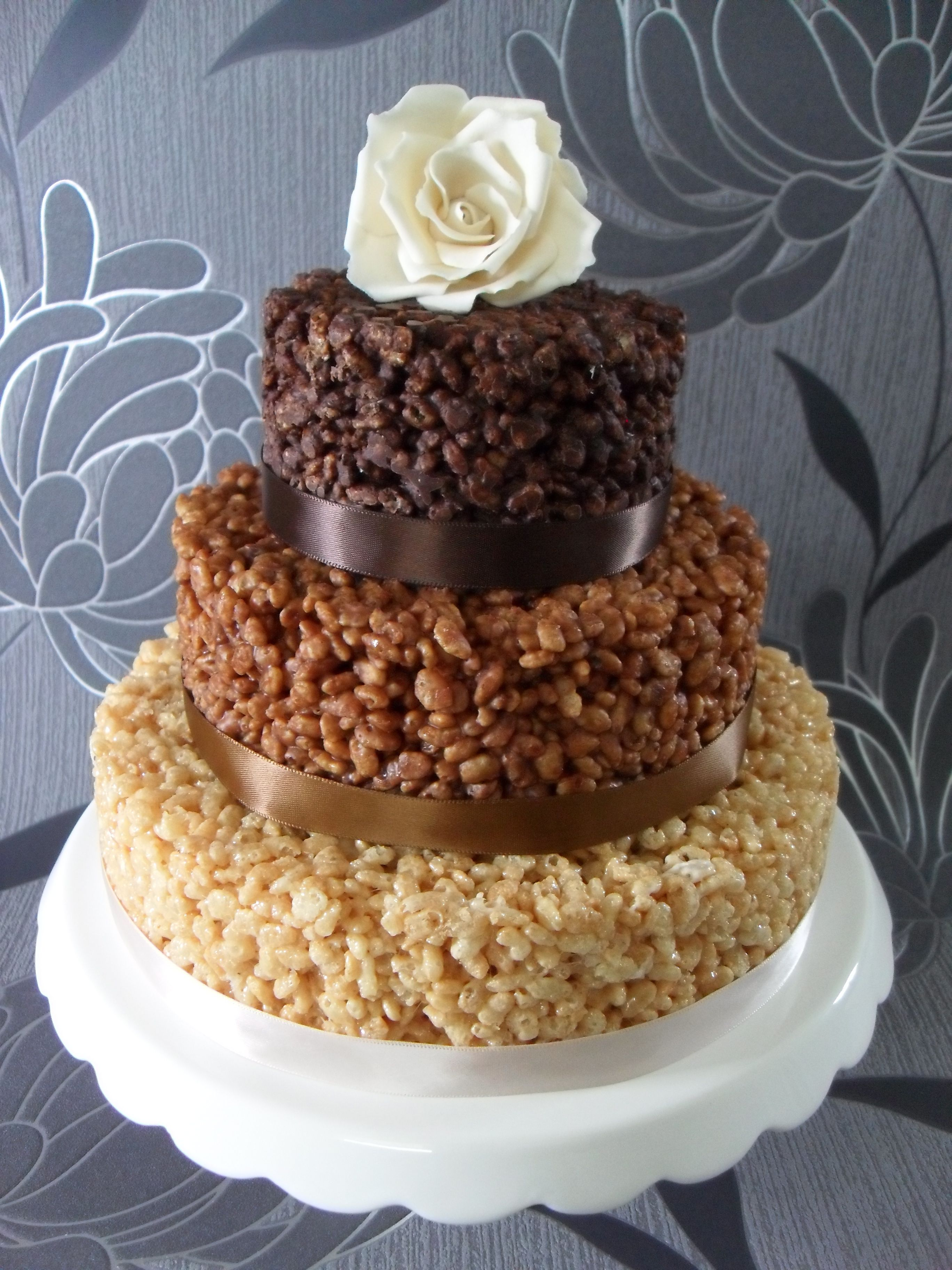 A Truly Original Wedding Cake Wedding Cake Alternatives Unusual