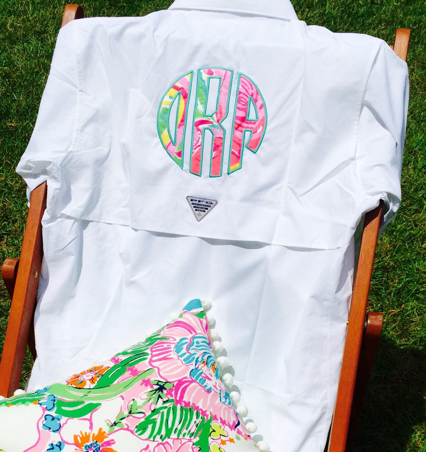 f25303e12c10c How great is this Columbia fishing shirt with Lilly Pulitzer monogram? This  is a top of the line Columbia Blood and Guts