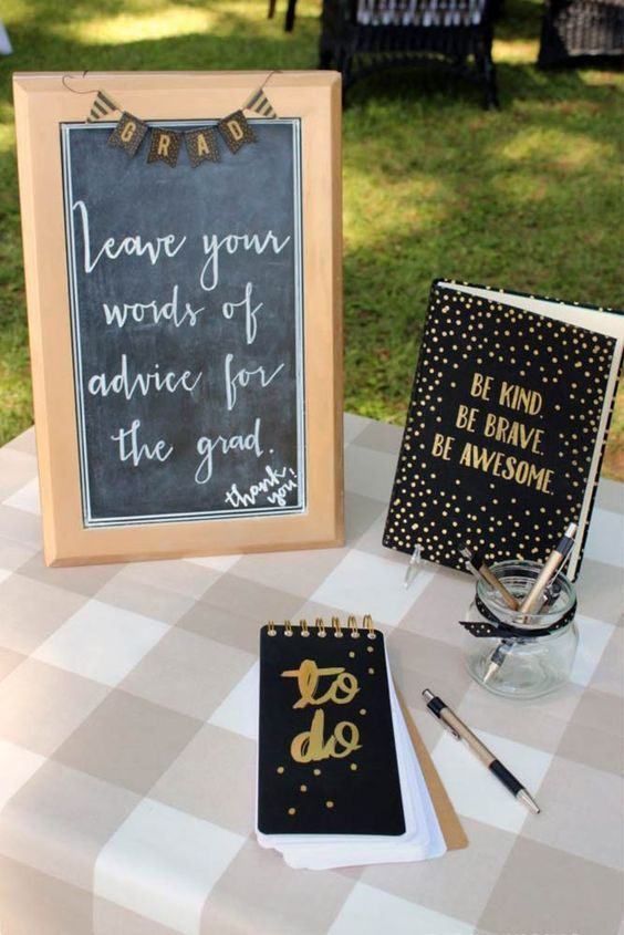 Best Graduation Party Decor Ideas #graduationparties