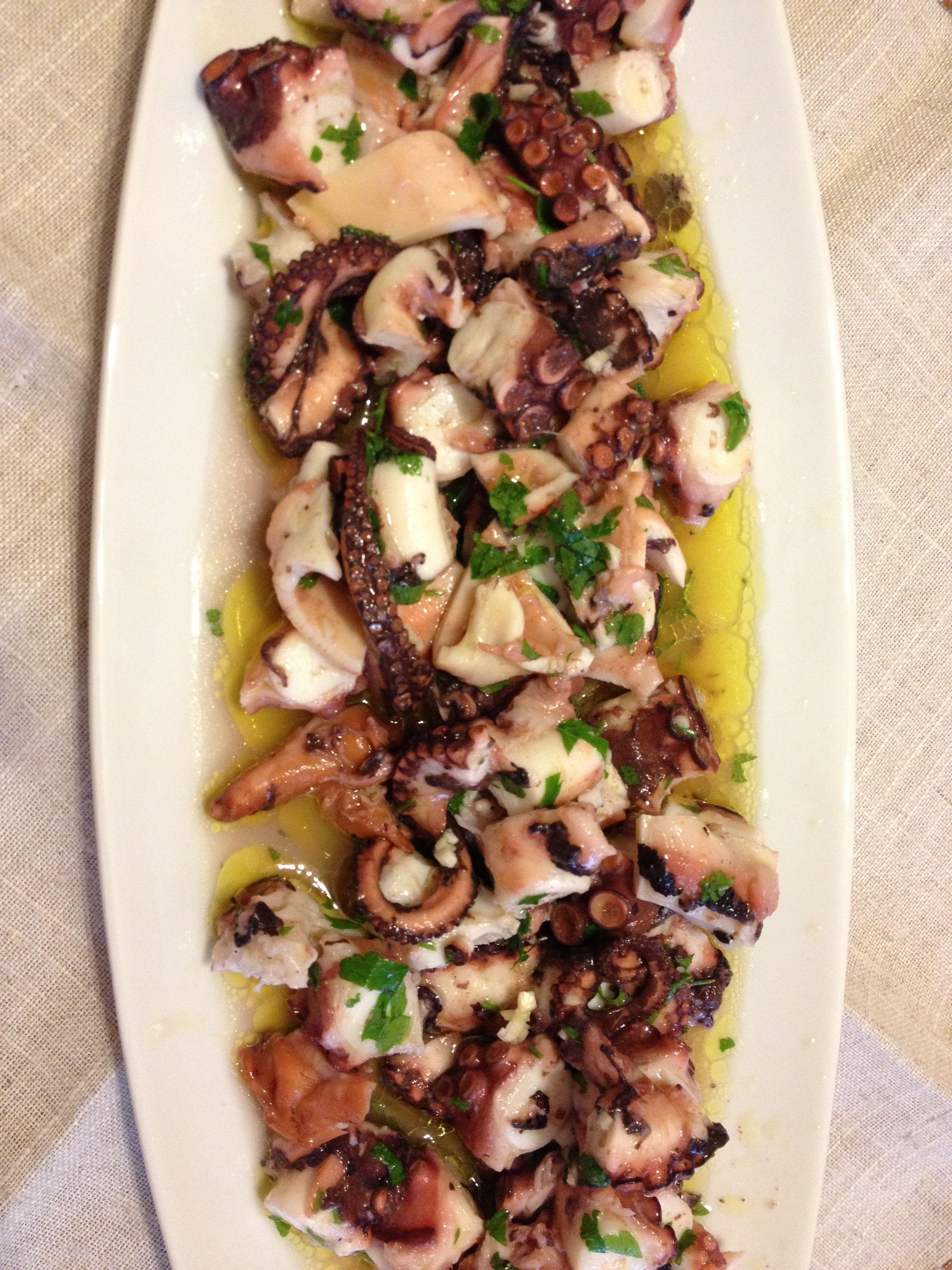 Insatala di gamberi e arancia con granella di pistacchio e pepe rosa Recipe