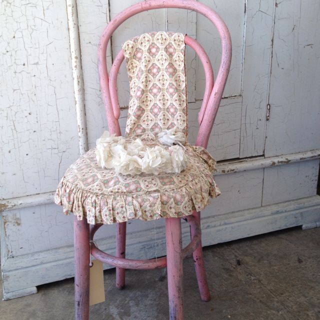 Pink Vintage Chair. Simply Tooo Cute. Rachel Ashwell Shabby Chic Couture  Store, Santa