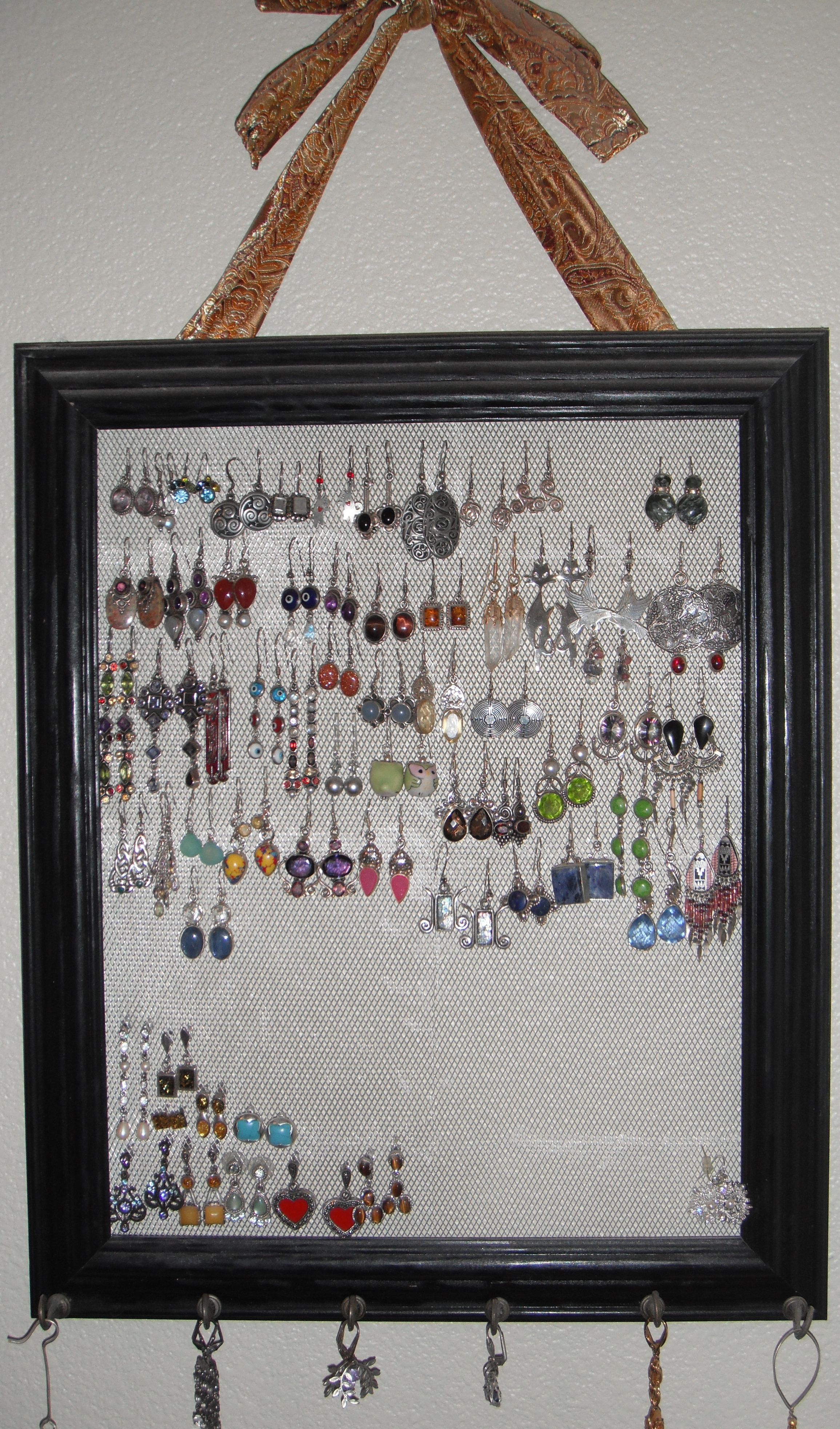Mesh Earring Holder : earring, holder, Earring, Holder:, Remove, Glass, Picture, Frame., Sculptural, Craft, Store., Frame, Crafts,, Crafts
