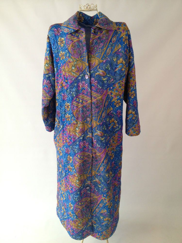 Retro/Vintage 70s Floral PurpleBlue Quilted House Coat Dressing Gown ...
