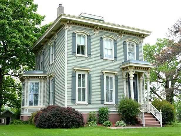 6 Historic Italianate Homes For Sale Houses Hgtv Frontdoor Victorian Homes Exterior Paint Colors For House Dream House Exterior