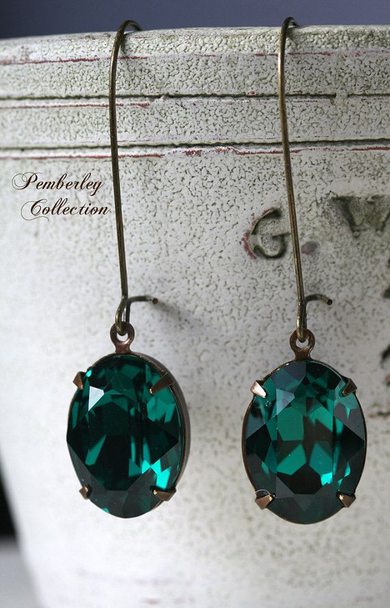 Emerald Green Earrings Swarovski Crystal by PemberleyCollection