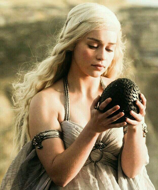 Daenerys Holding Drogans Dragon Egg