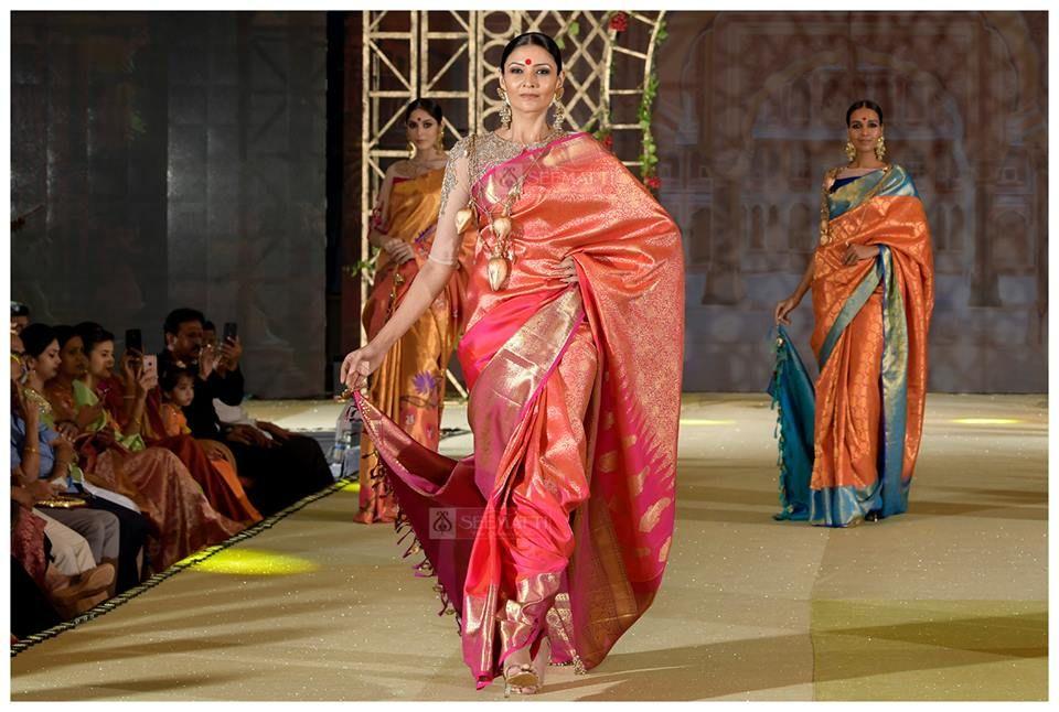 545fc5edcdfd68 seematti bridal show 2017 and saree collections, Beena Kannan Bridal Show  2017, beena kannan sarees, beena kannan boutique, Seematti new collection,  ...