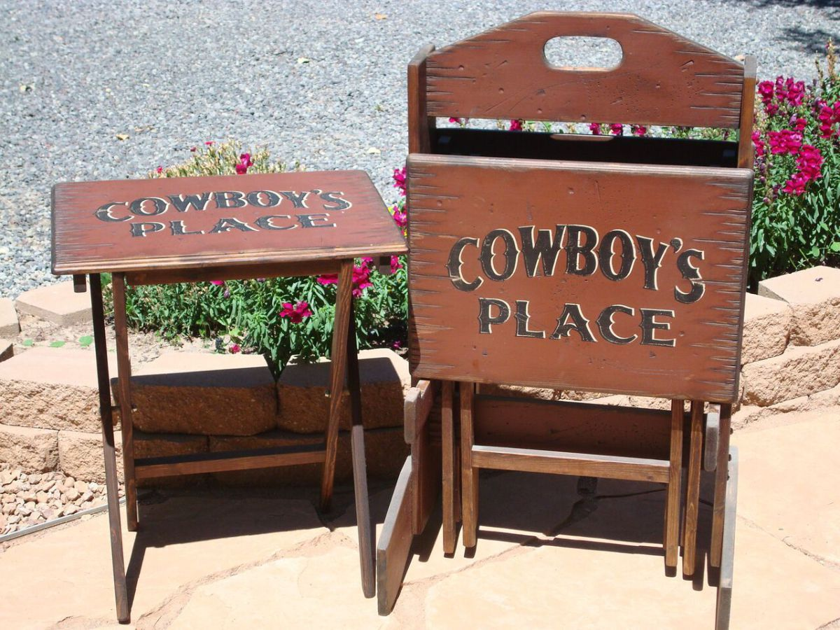 Custom Western TV Tray Table Set