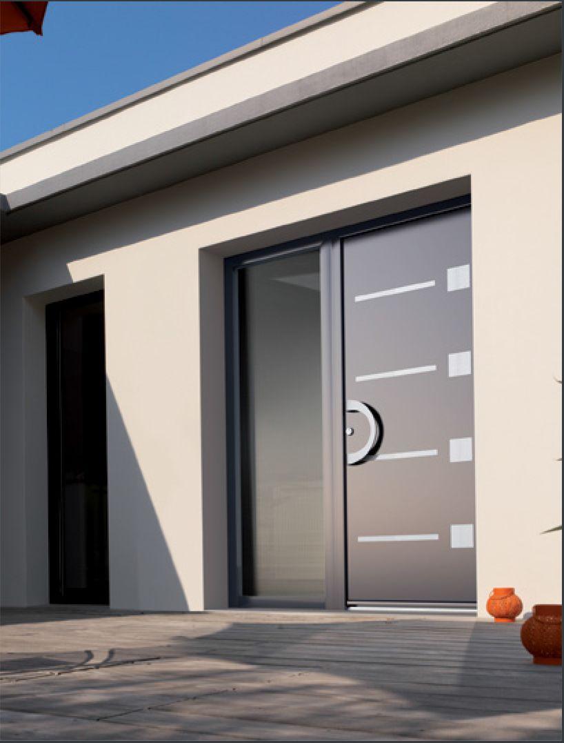 Porte d 39 entr e aluminium contemporaine portes pinterest contemporain entr es et portes for Porte entree alu contemporaine