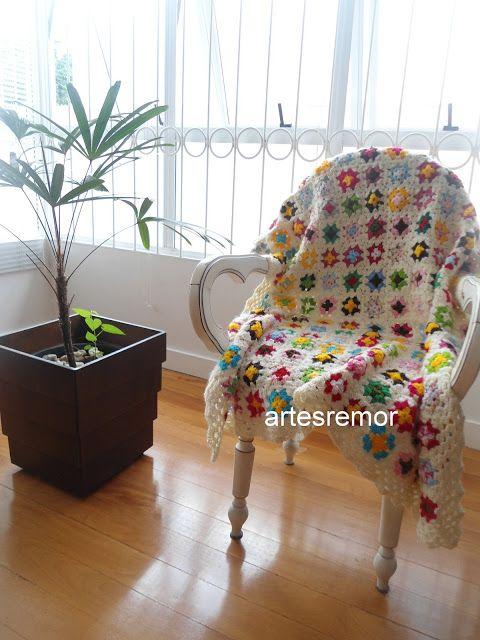 Apaixonante essa mantinha!!!! No blog Artes da Rô tem muito mais coisas bonitas.