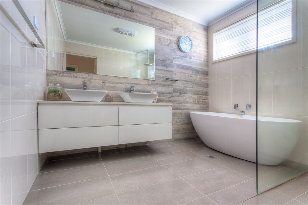 39+ Gloss tiles on bathroom floor inspirations