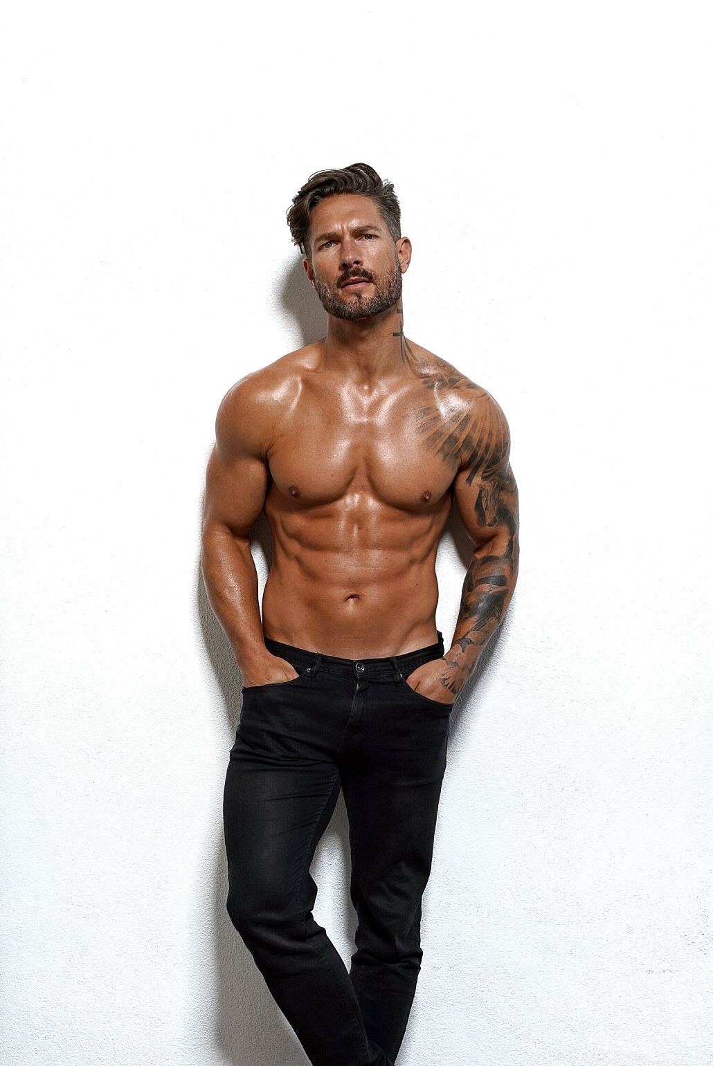 How to get the body of a male model