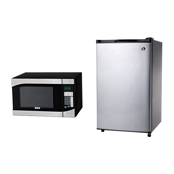 Igloo Bundle Frrmw 3 2 Cu Ft Compact Refrigerator With Rca 0 9 Microwave Oven At Lowe S Canada Find Our Selection Of Microwaves The