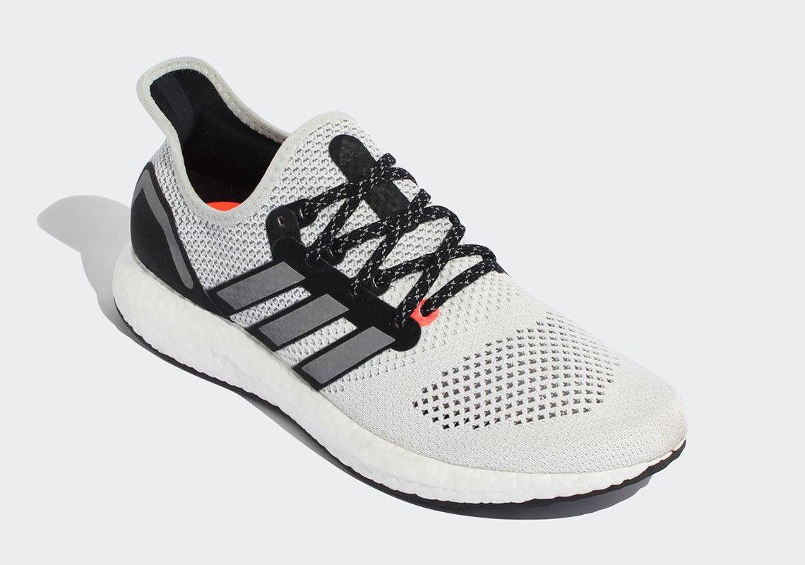 Adidas Speedfactory AM4TKY pictures