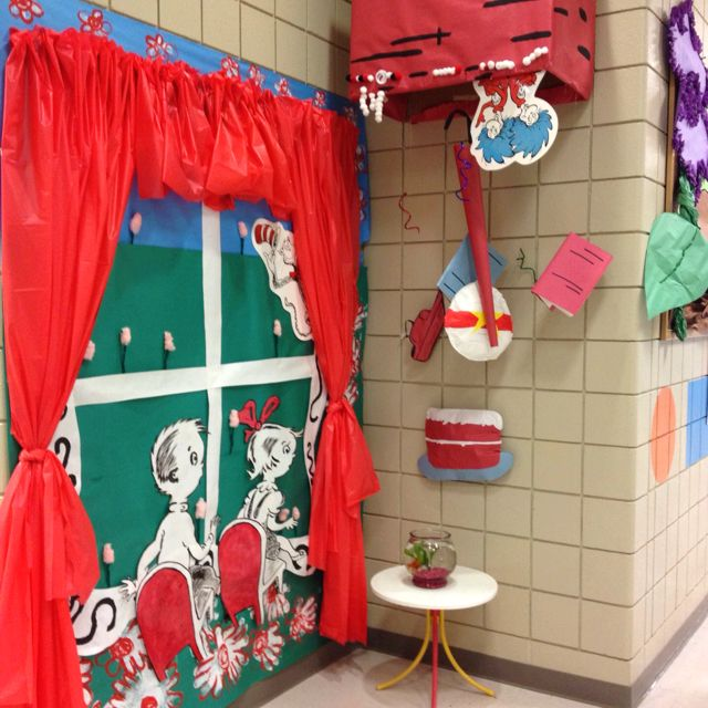 Classroom Decorate Windows : Why can t my school do this no answer needed whaaaaa