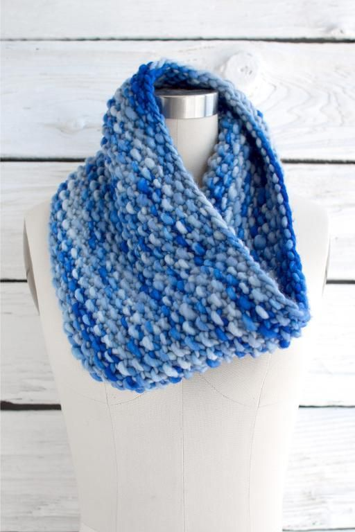 Looking for your next project? You're going to love Weekend Cowl by designer fairmountfibers.