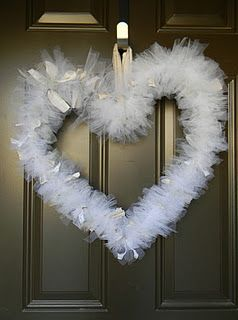 Diy Heart With Wire Hanger Amp Tulle Cheap Easy Amp Pretty