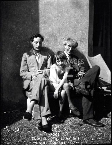 Photo of Duncan Grant, Angelica Bell and Roger Fry at Charleston.